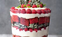 Red Velvet Cheesecake Trifle